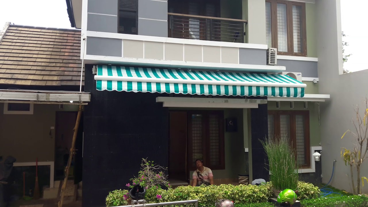 harga retractable awning motorized