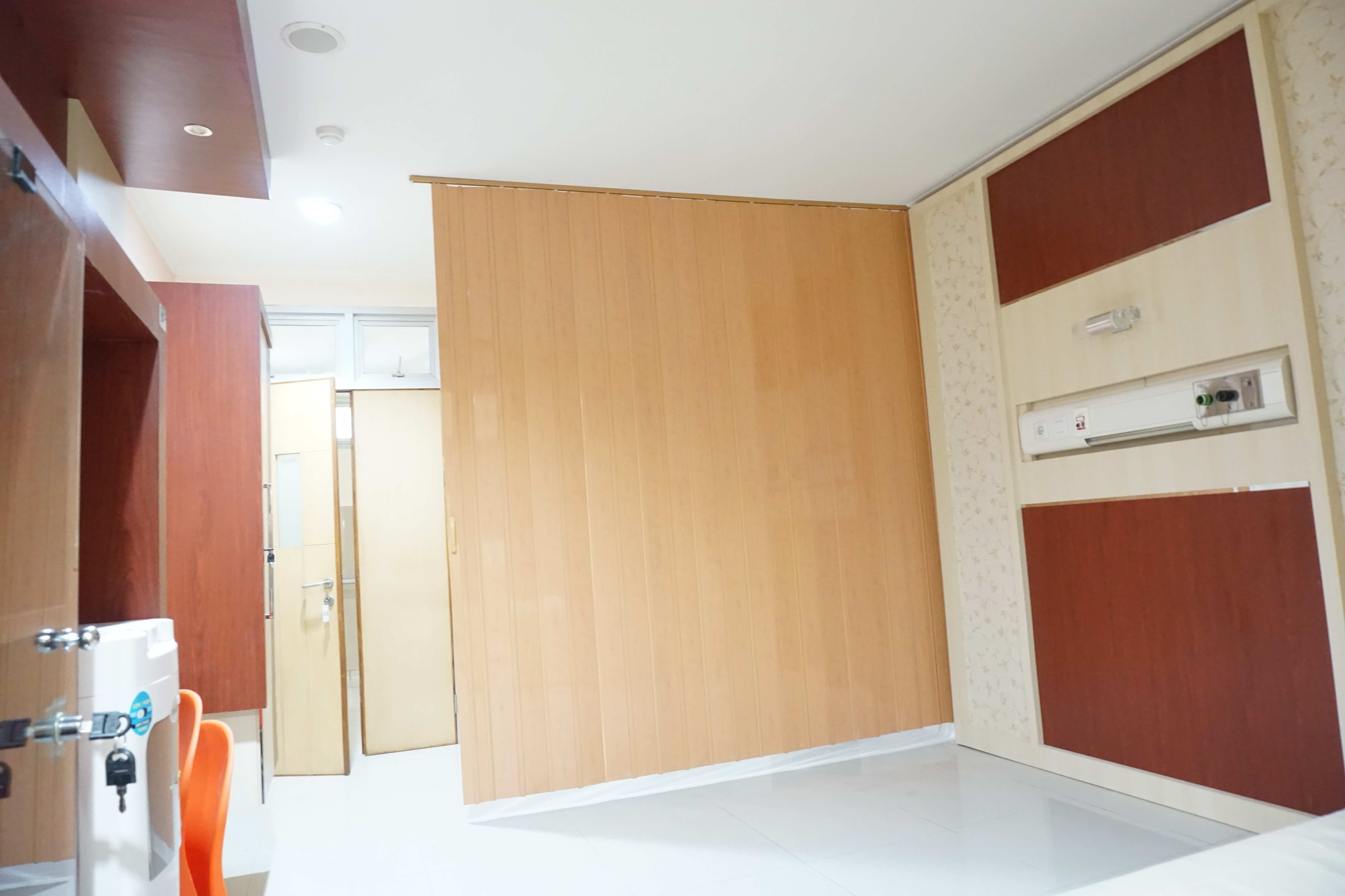 harga folding door PVC