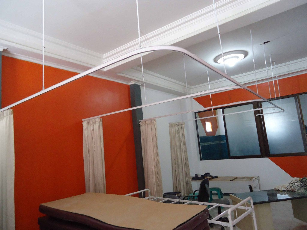 gorden rumah sakit dan rel rumah sakit