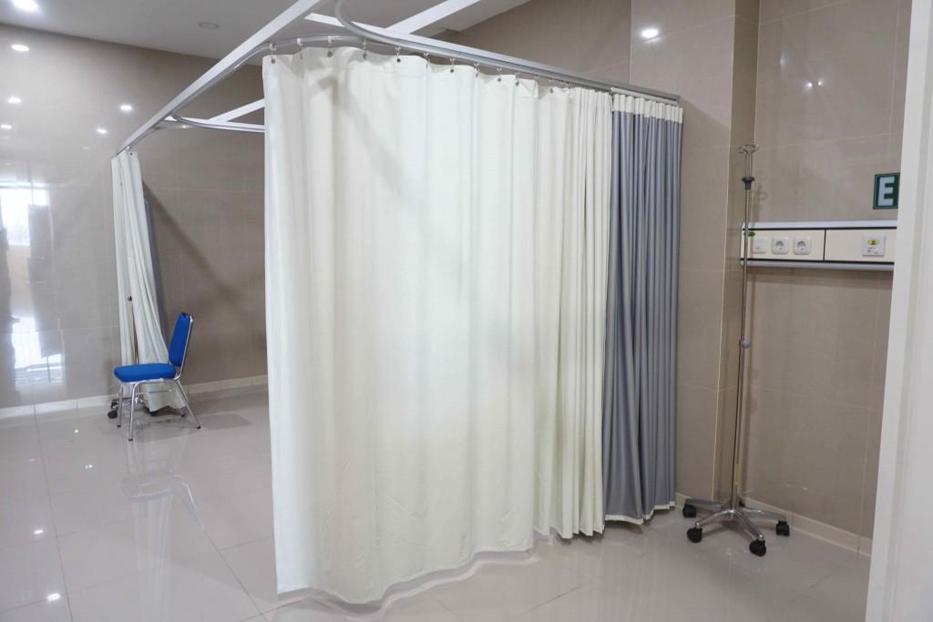Gorden rumah sakit anti darah blackout dan rel rumah sakit