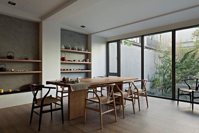 Intip Jendela Kaca Rumah Japandi yang Bikin Nyaman Seharian Yuk